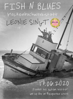 Leonie singt